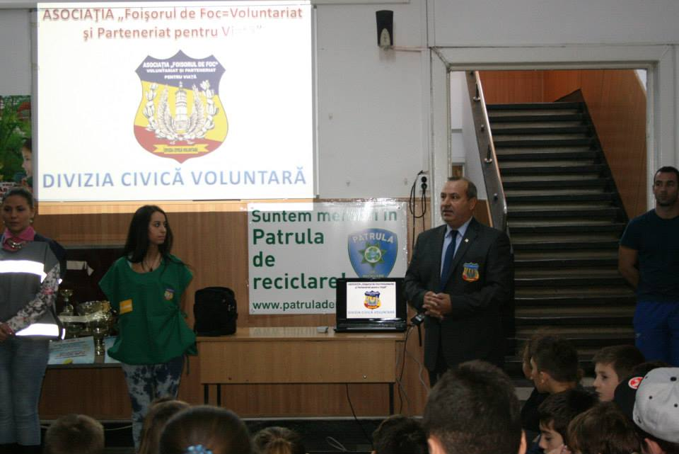 VoluntariatViata20138